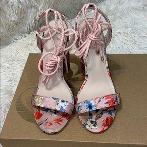 """Charlotte Russe Pink & Floral Satin 4.5"""" Heels"""